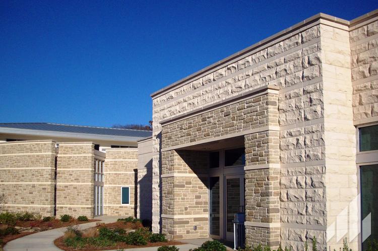 Full-Bed-Stone-Arriscraft-Building-Stone-Citadel-Custom-2