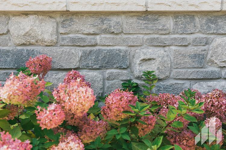 Full-Bed-Stone-Arriscraft-Building-Stone-Fresco-Ontario-Silverado-10