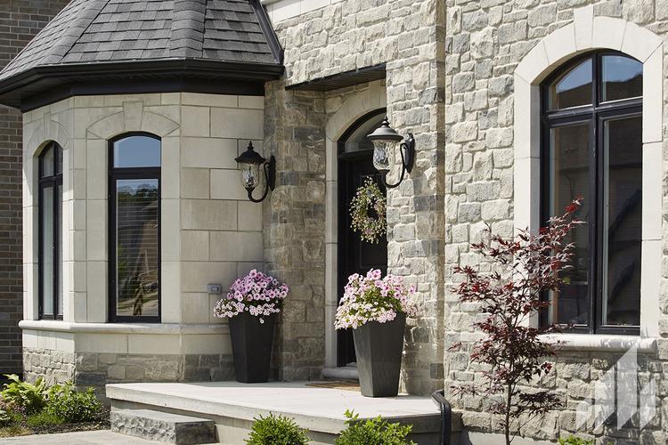 Full-Bed-Stone-Arriscraft-Building-Stone-Fresco-Ontario-Silverado-2