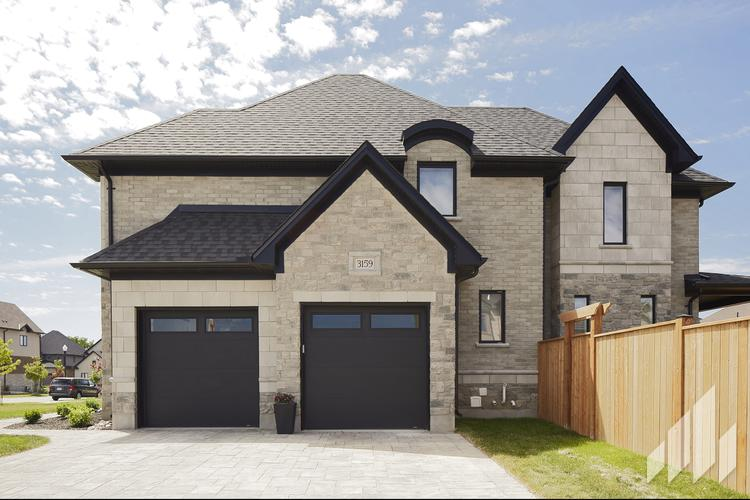 Full-Bed-Stone-Arriscraft-Building-Stone-Fresco-Ontario-Silverado-6