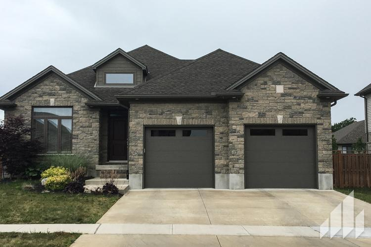 Full-Bed-Stone-Arriscraft-Building-Stone-Fresco-Ontario-Twilight-2