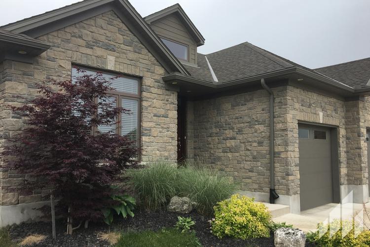 Full-Bed-Stone-Arriscraft-Building-Stone-Fresco-Ontario-Twilight-4