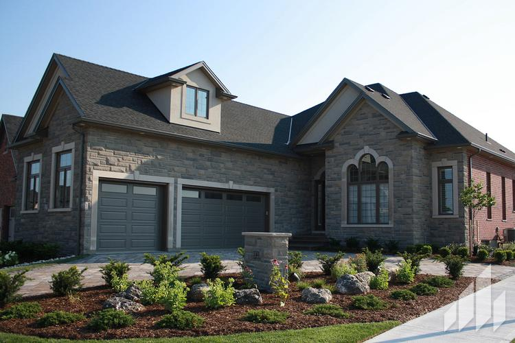Full-Bed-Stone-Arriscraft-Building-Stone-Laurier-Ontario-Midnight-Grey-with-Onyx-2