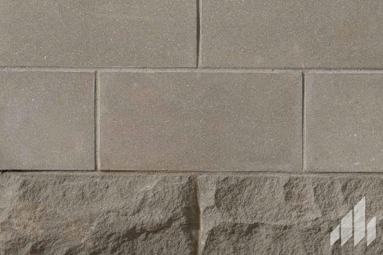 Thin-Masonry-Arris-Clip-Renaissance-Graphite-1