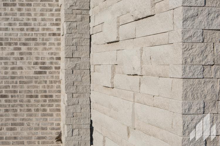 Thin-Masonry-Stack-Thin-Stone-Ice-Stack-3